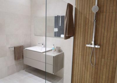 apalliser-showroom-bano-madera