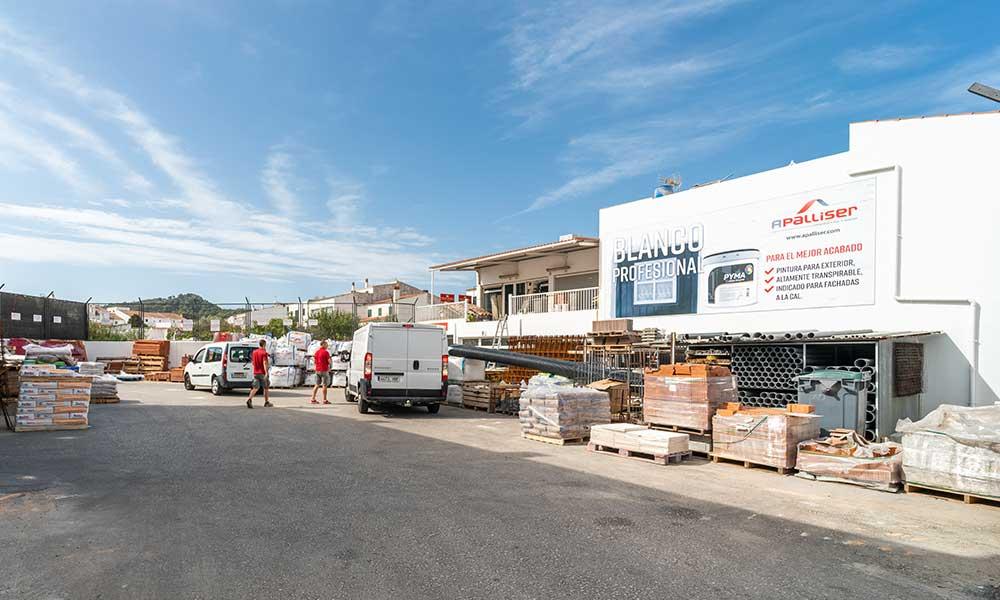 tienda-mercadal-patio