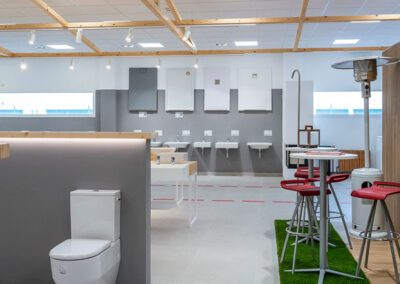 fontaneria-showroom-plato-ducha