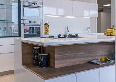 showroom-cocinas-blanca